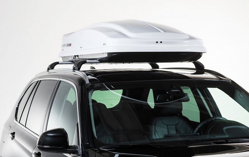 Strešný nosič pre auto s kufrom